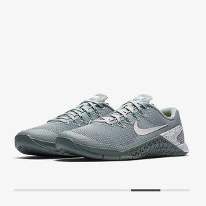 Nike Metcon 4 (Worn Twice)
